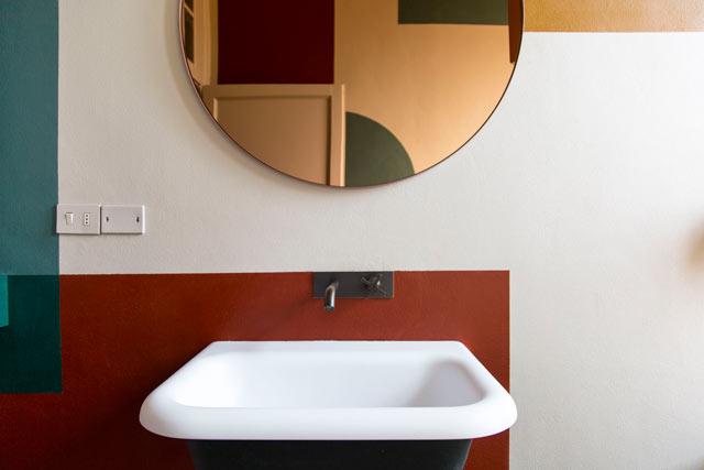 The Visit bathroom